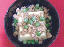 とりそぼろあんかけ卵豆腐