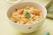 タケノコと桜えびの炊き込みご飯